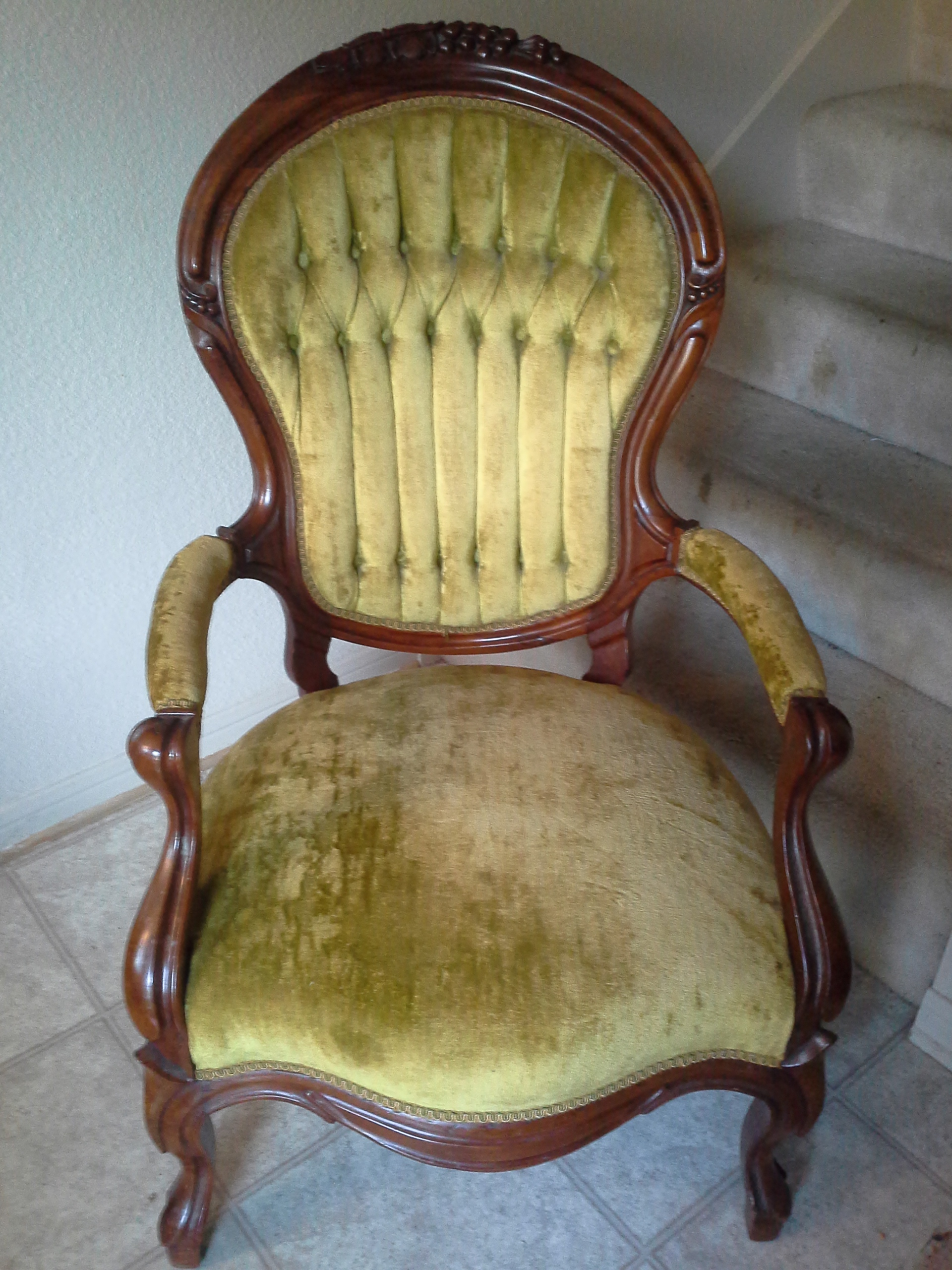 Antique green sitting chair for sale for Sitting chairs