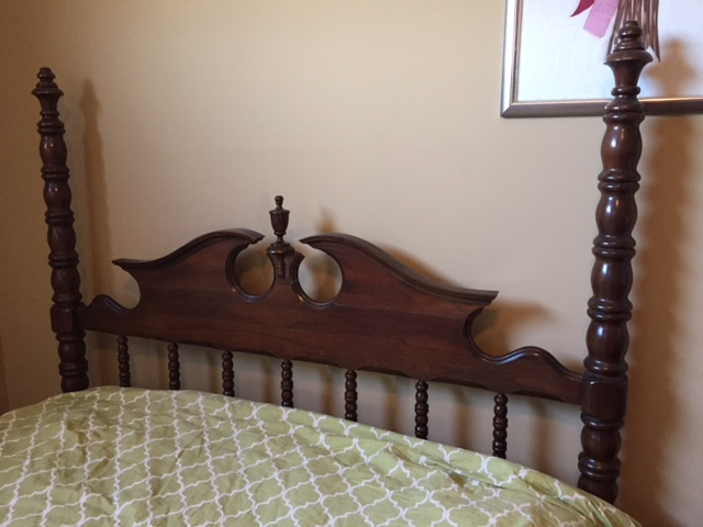 Lillian Russell Black Walnut Bedroom Set 4 Pieces Plus