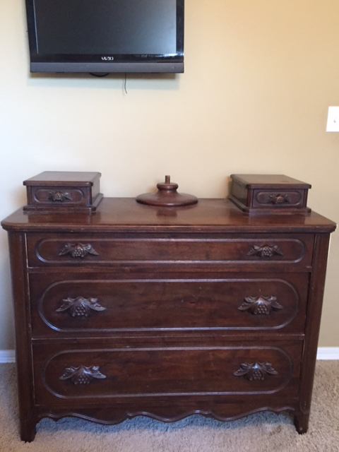 Lillian Russell Black Walnut Bedroom Set 4 pieces plus mirror For Sale ...