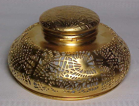 tiffany studios pine needle large gold dore inkwell beige glass for sale. Black Bedroom Furniture Sets. Home Design Ideas