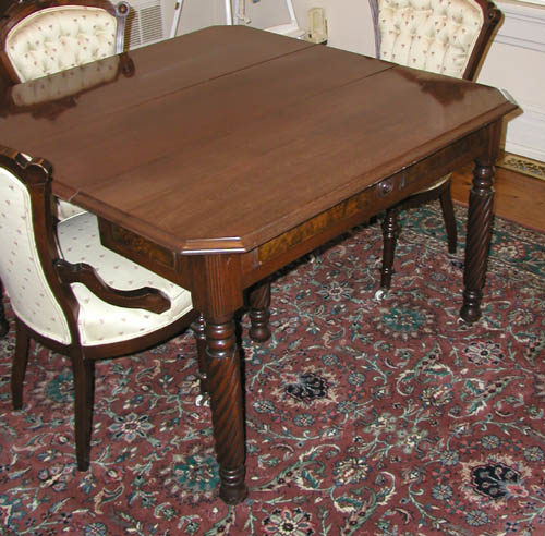 Victorian Walnut Dining Table With Leaves For Sale Antiquescom - Burled walnut dining table