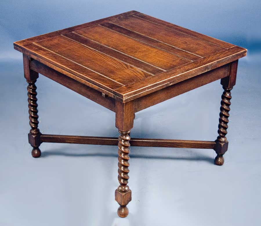 Antique English Oak Draw Leaf Pub Table   For Sale