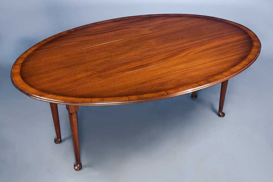 Antique Style Mahogany Drop Leaf Dining Table For Sale