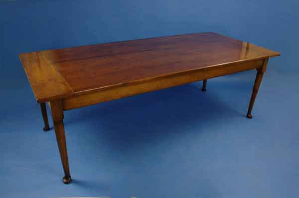 Yew Farmhouse Dining Table