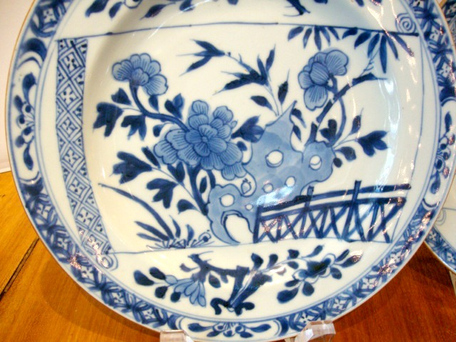 A Pair Of Antique Chinese Porcelain Blue And White Plates & Blue And White Plates Antiques - Castrophotos