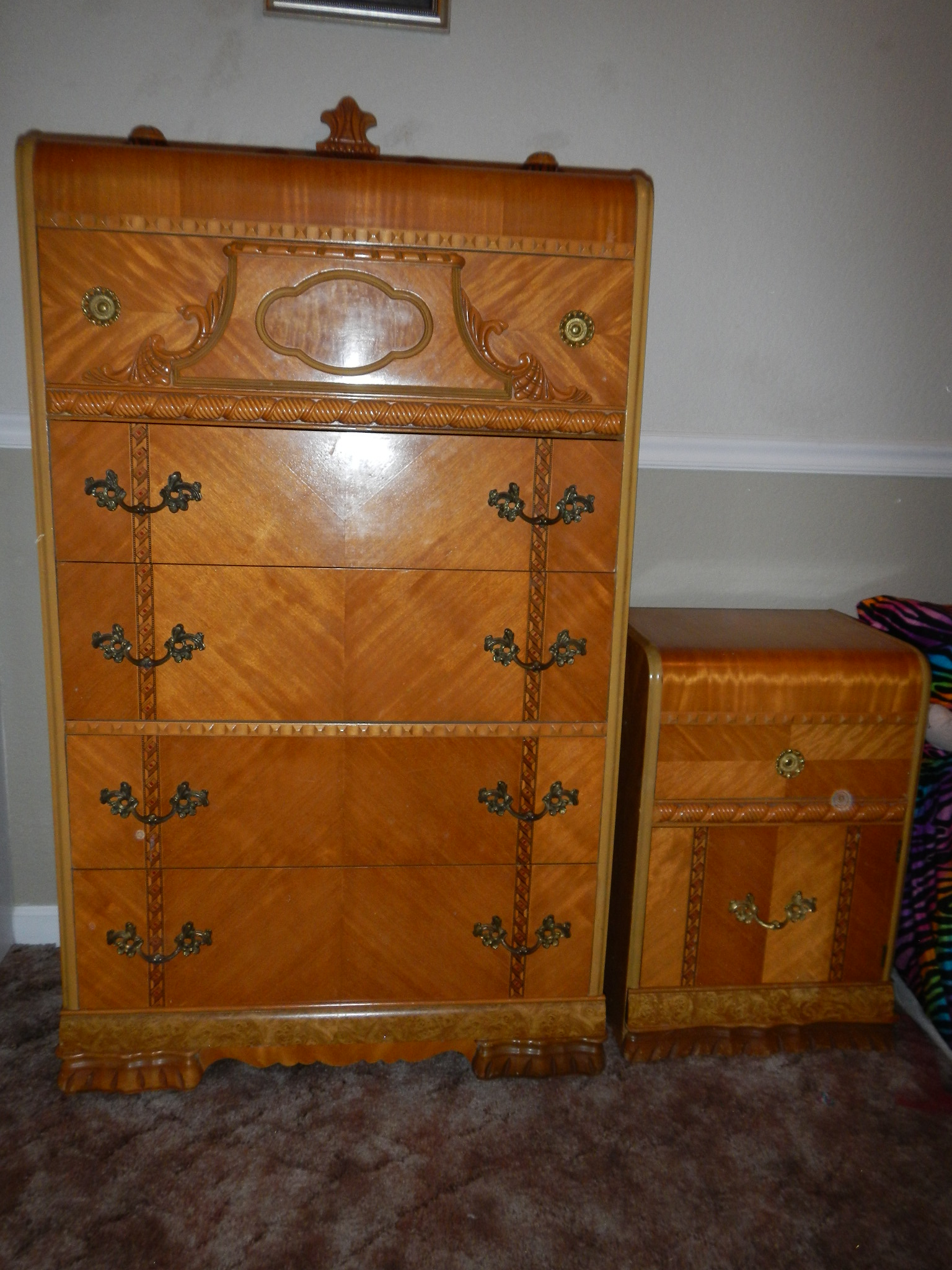 1947 Birch Art Deco Waterfall Bedroom Set For Sale