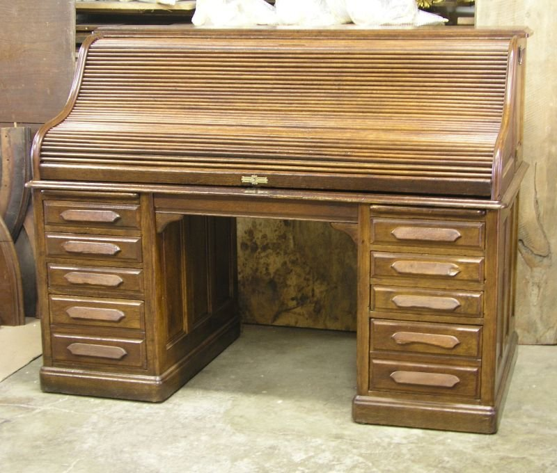 American Oak Roll Top Desk, Ca. 1910 - For Sale - American Oak Roll Top Desk, Ca. 1910 For Sale Antiques.com