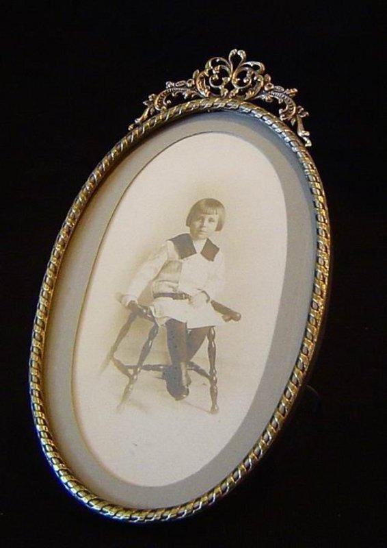 Antique Oval Frame For Sale Antiques Com Classifieds