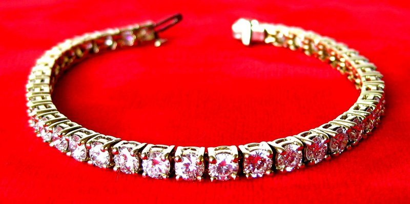 10 Carat Diamond Tennis Bracelet Circa 1980 American Set In 18k Yellow Gold Works Wonderfully With A Watch