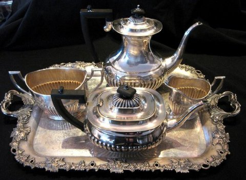 21248f28d229d Set of Silver Plated Coffee   Tea Pot