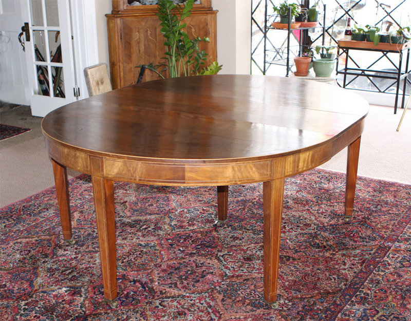 American Federal Style Dining Table For Sale Antiques  : ori10076619121105762AmericanFederalStyleDiningTable2 from www.antiques.com size 800 x 625 jpeg 200kB