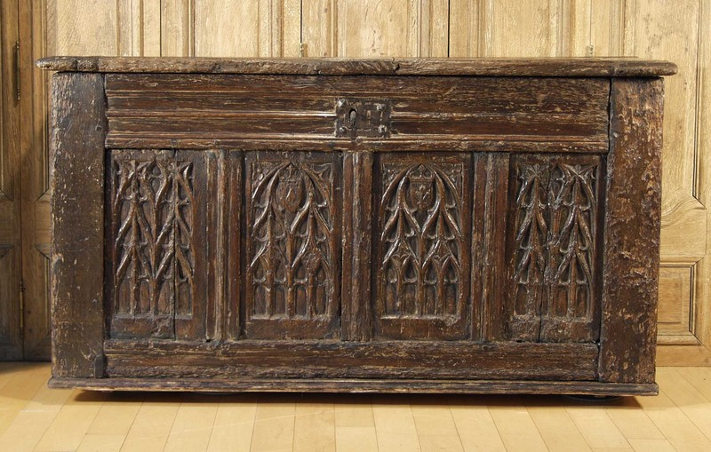 A French Gothic oak chest, 15th / early 16th century with alterations - For  Sale - A French Gothic Oak Chest, 15th / Early 16th Century With