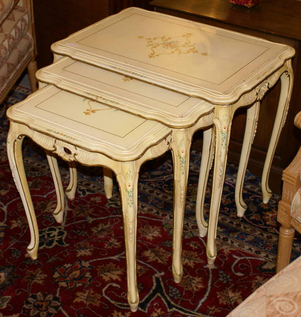 Exceptionnel Set Of 3 Hand Painted French Nesting Tables   For Sale