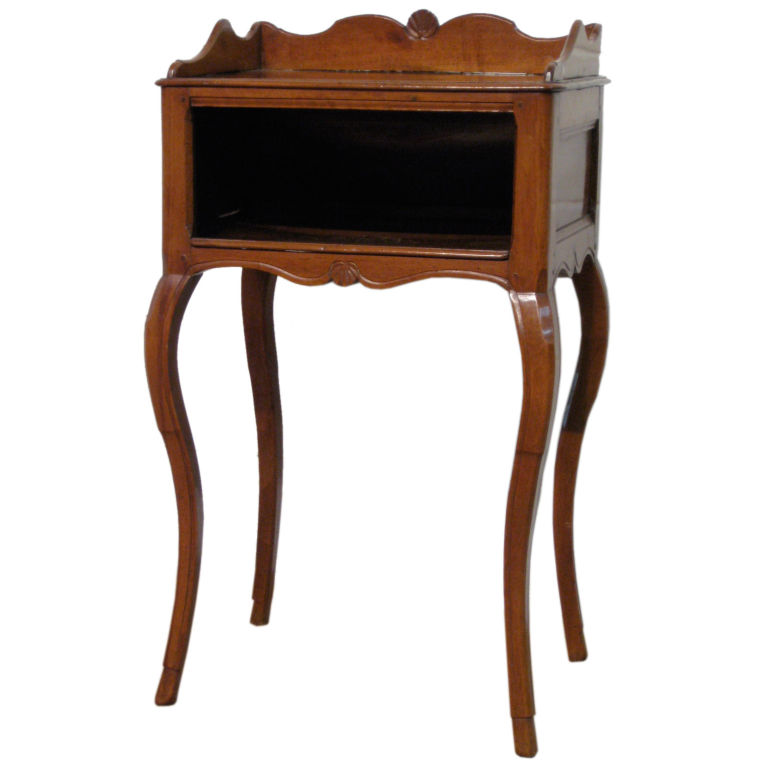 Fabulous Country End Table Antique for Sale 768 x 768 · 61 kB · jpeg