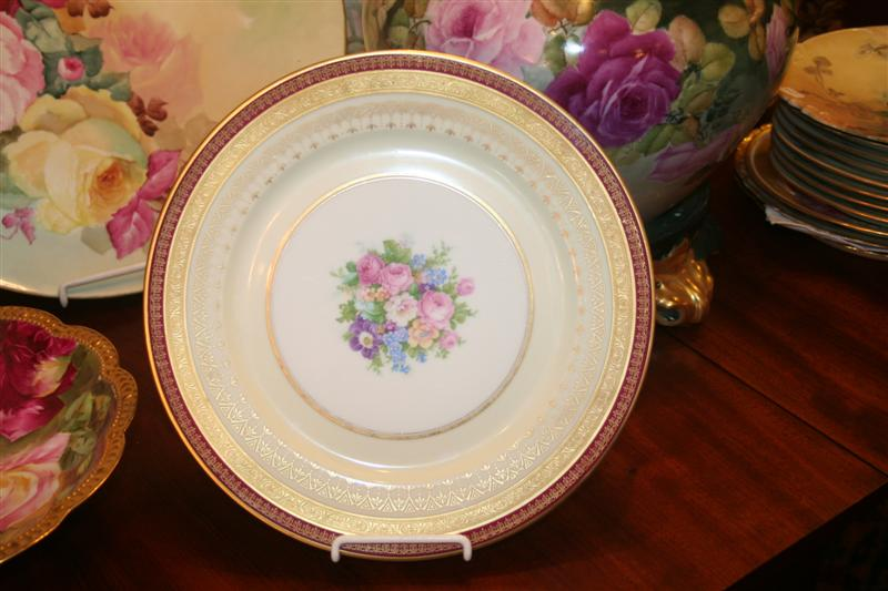plate 26 rare cranberry limoges dinner plates 11 for sale classifieds. Black Bedroom Furniture Sets. Home Design Ideas