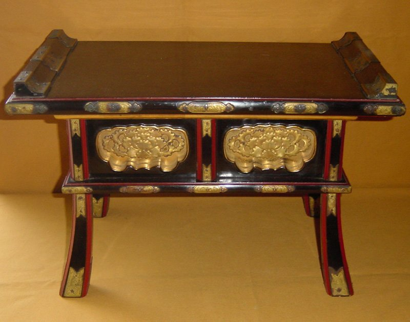 Antique Japanese Buddhist Temple Table c.1910 - For Sale - Antique Japanese Buddhist Temple Table C.1910 For Sale Antiques