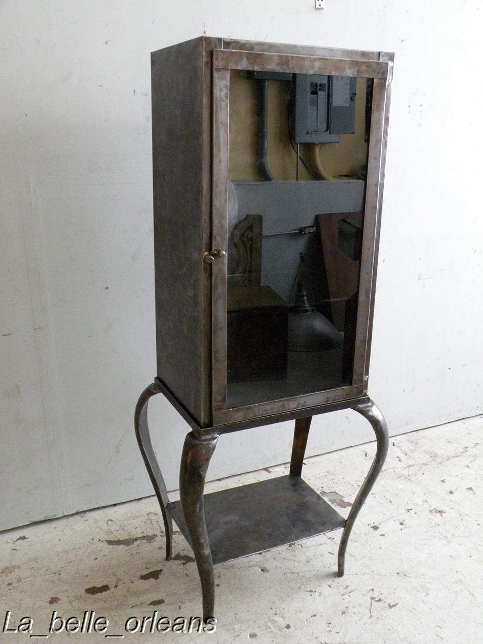 STUNNING VINTAGE INDUSTRIAL STEEL DENTIST CABINET.L@@k! - For Sale - STUNNING VINTAGE INDUSTRIAL STEEL DENTIST CABINET.L@@k! For Sale