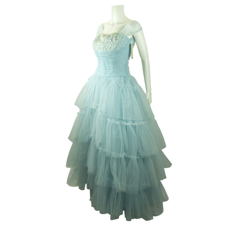 VINTAGE 194050 39s SHELF BUST BABY BLUE TULLE PARTY WEDDING DRESS For Sale
