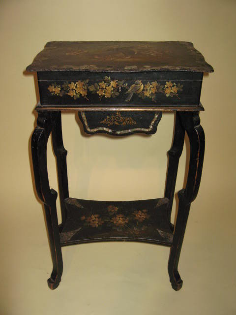 A Dainty English Victorian Papier Mache Sewing Table With Gorgeous Mother  Of Pearl Inlay. Circa 1800, This Table Is In Excellent Condition.