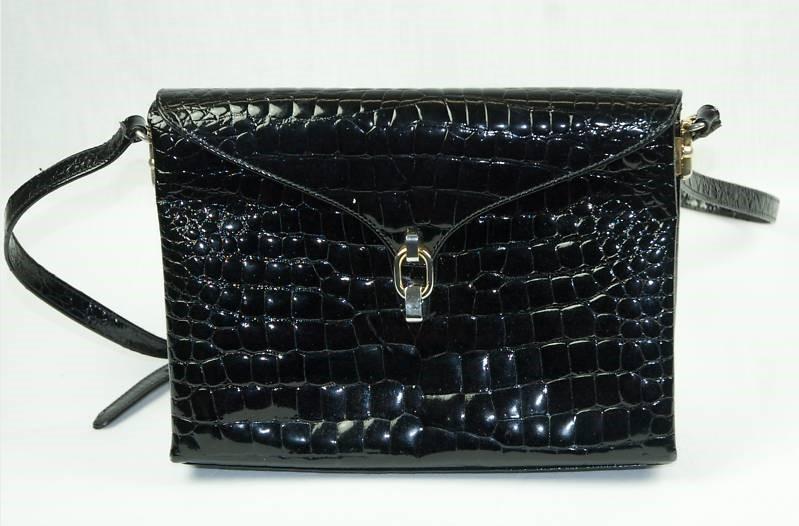 Bruno Magli Italian Black Patent Leather Croc Hand Bag For