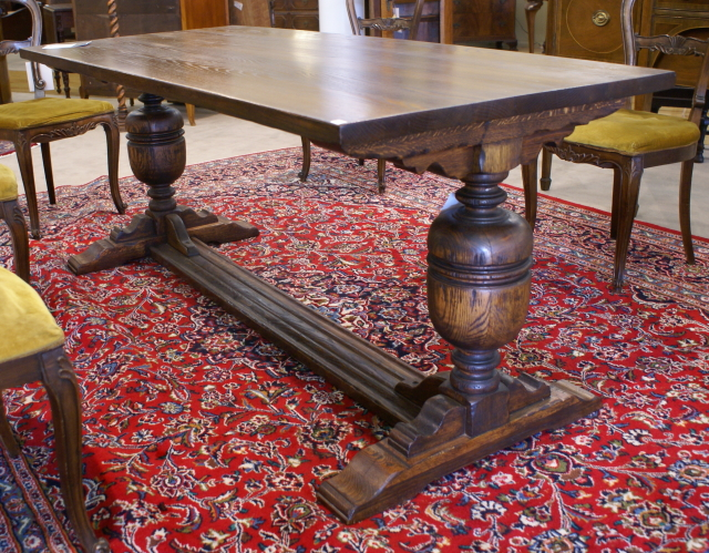 Mint Clean Solid Oak Antique English Library Table   For Sale