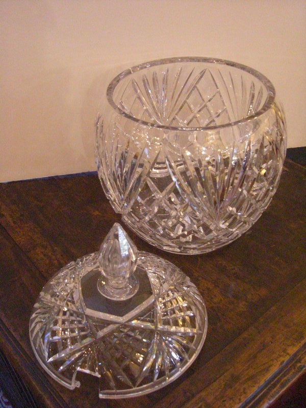 Diamond Cut Gl Punch Bowl With