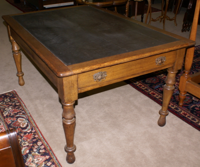 Attirant Really Unique Leather Top Antique Oak Farm Table   For Sale