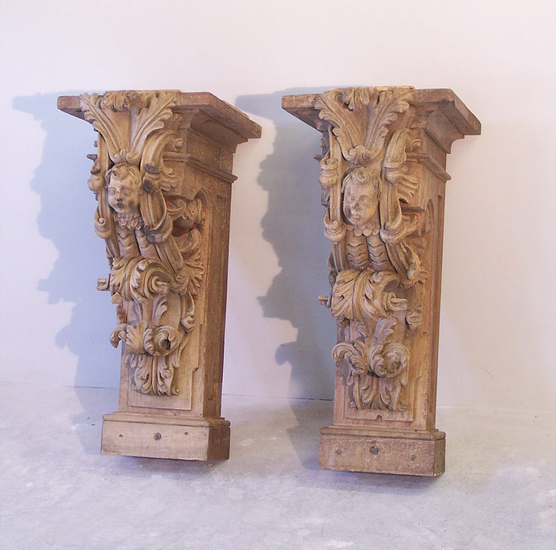Pr 17th to 18th century architectural carved wood corbels for Architecture antique