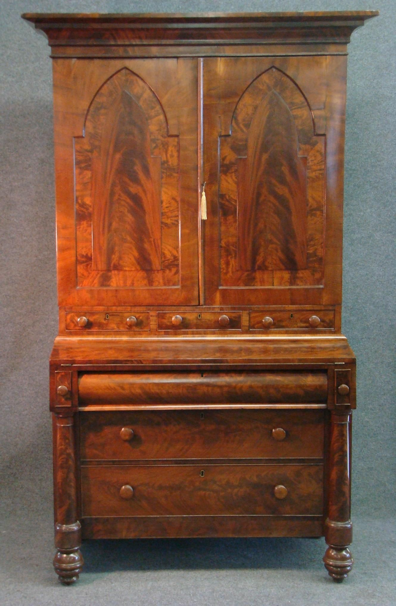 Fine Early 19th C American Classical New York Mahogany Mahogany
