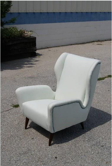 Mid century single vintage italian lounge chair for sale for Single lounge chairs for sale
