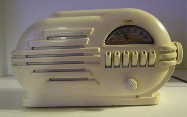art deco radio m172 for sale classifieds. Black Bedroom Furniture Sets. Home Design Ideas