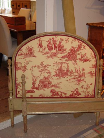 Pair of french toile european sized beds crtbed for sale for European beds for sale