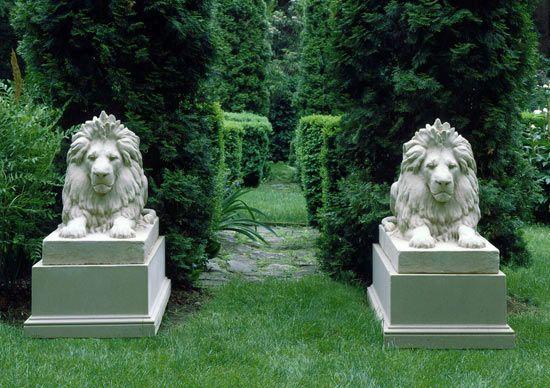 Antiques » Antique Garden