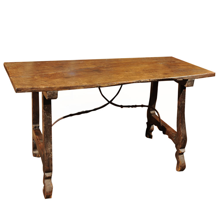 17th century spanish table for sale for Table in spanish