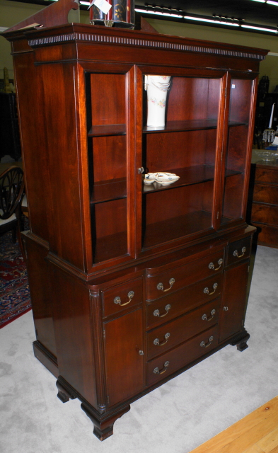 Antiques.com