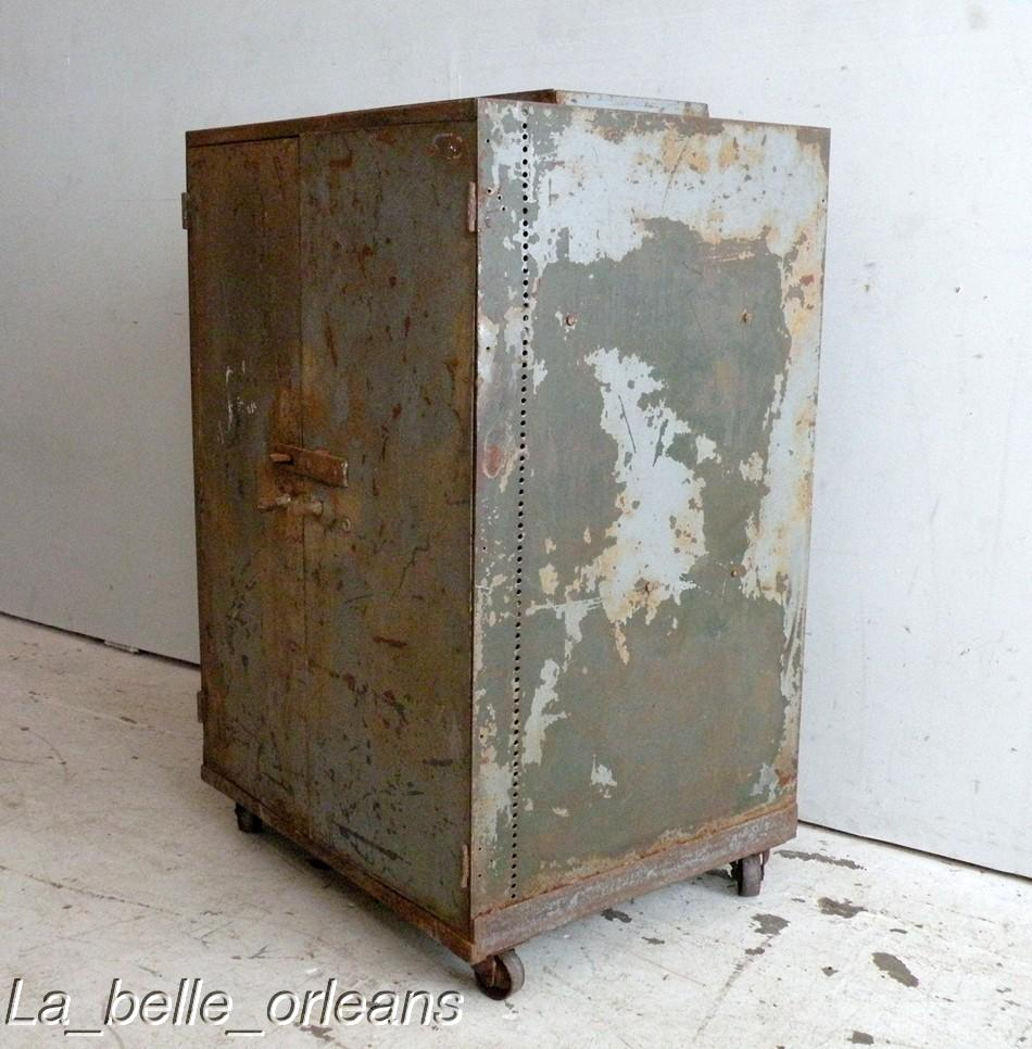 Best Vtg Industrial Two Door Metal Cabinet Must See For Sale Antiques Com Classifieds
