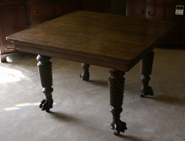 Uper Nice Solid Oak Antique Kitchen Table   For Sale