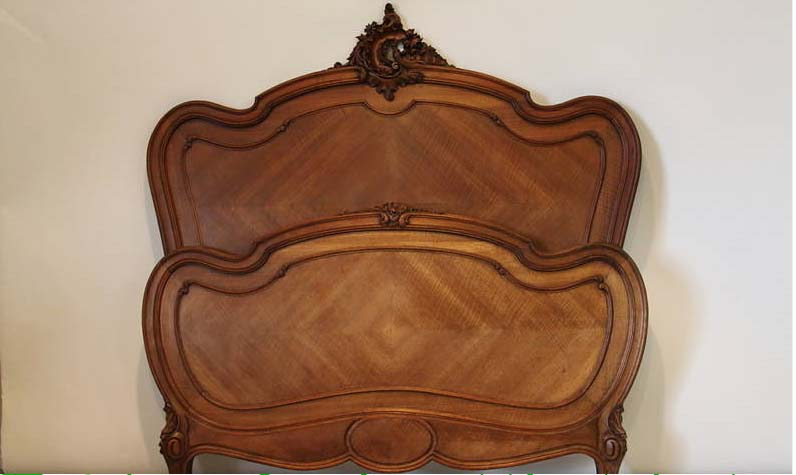 Ravishing Bed Antique French Louis Xv Carved For Sale