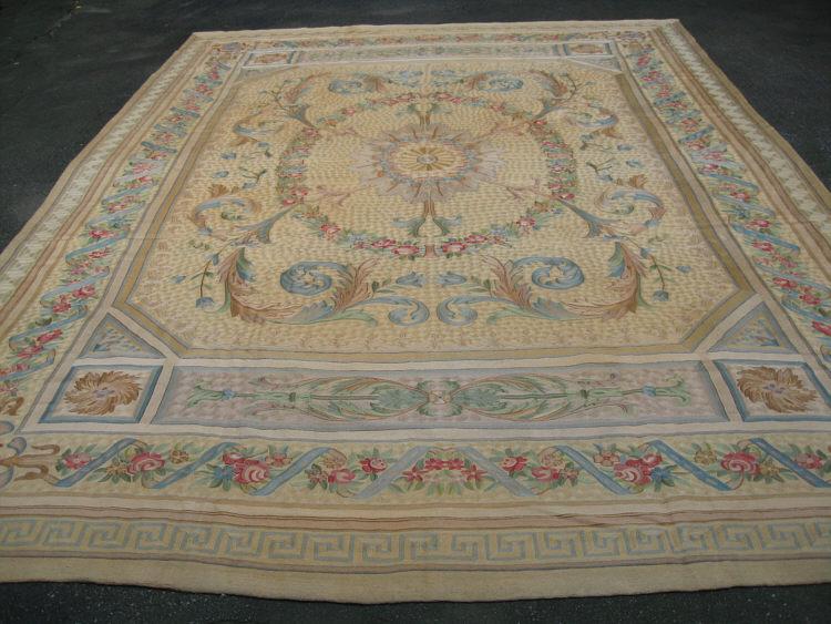 Kashmiri Indian Flat Woven Carpet Or Rug 10 Feet 14 Inches