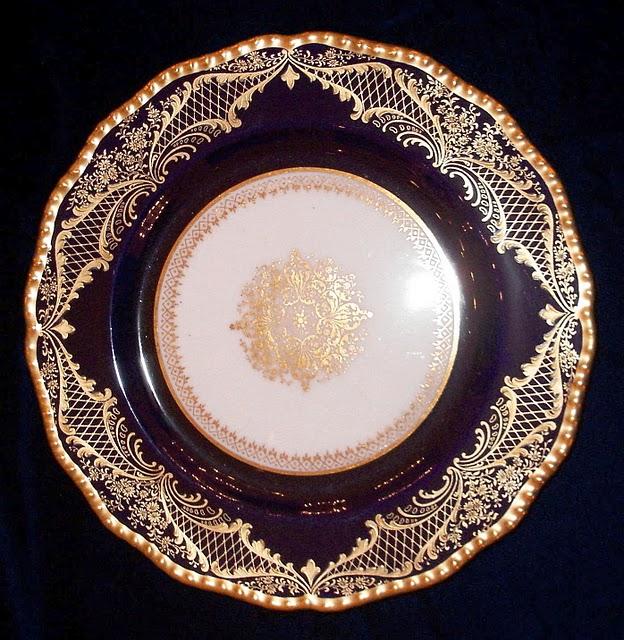 Antique Dinnerware DNW19 - For Sale & Antique Dinnerware DNW19 For Sale | Antiques.com | Classifieds