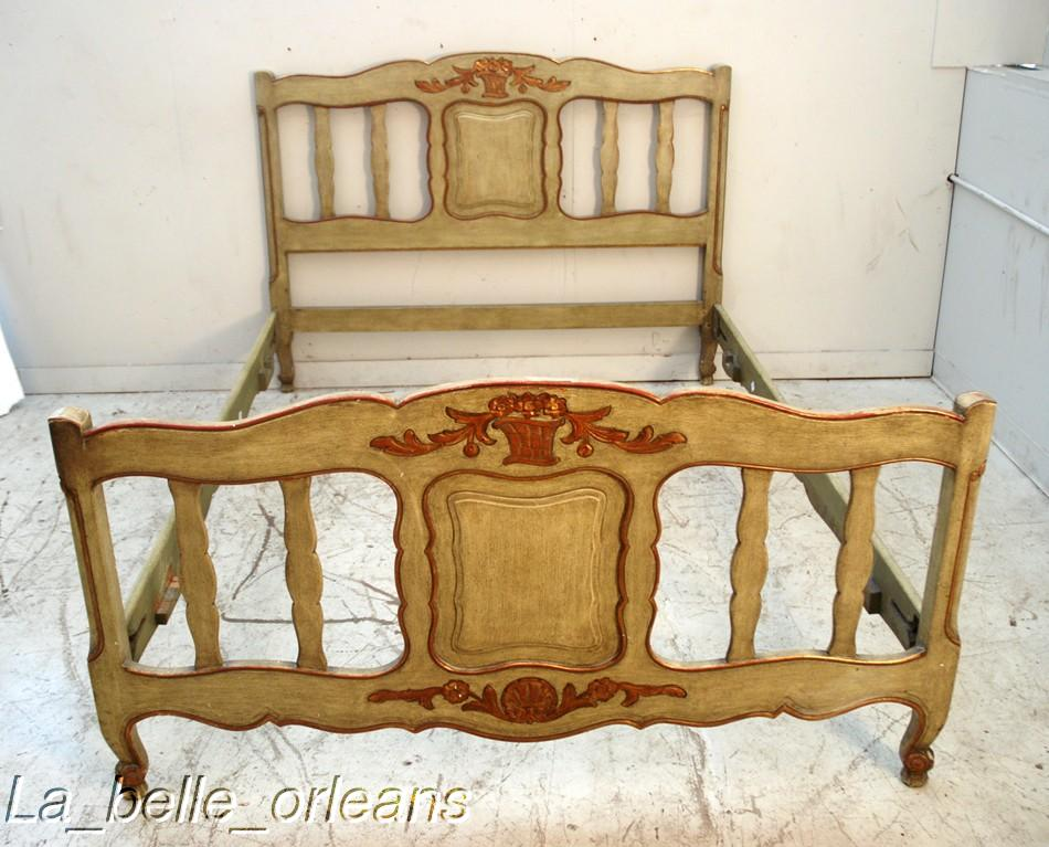 MOST CHARMING FRENCH COUNTRY BED CHIC PATINA LK For Sale - French country bed