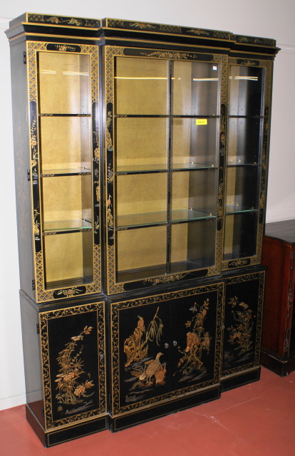 Mint Clean Beautiful Asian Breakfront China Cabinet   For Sale